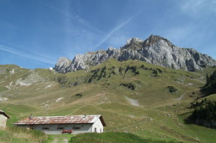 Hike: Les Cornettes de Bise from the Bise's refuge